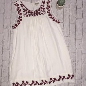 Lucky Brand Smocked Sleeveless embroidered Dress